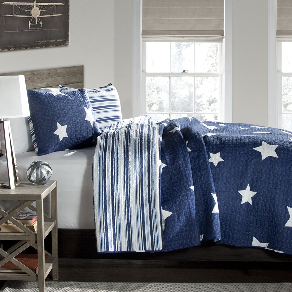 Lush Decor Star Pattern 3-piece Cotton Quilt Set - Free Shipping ...