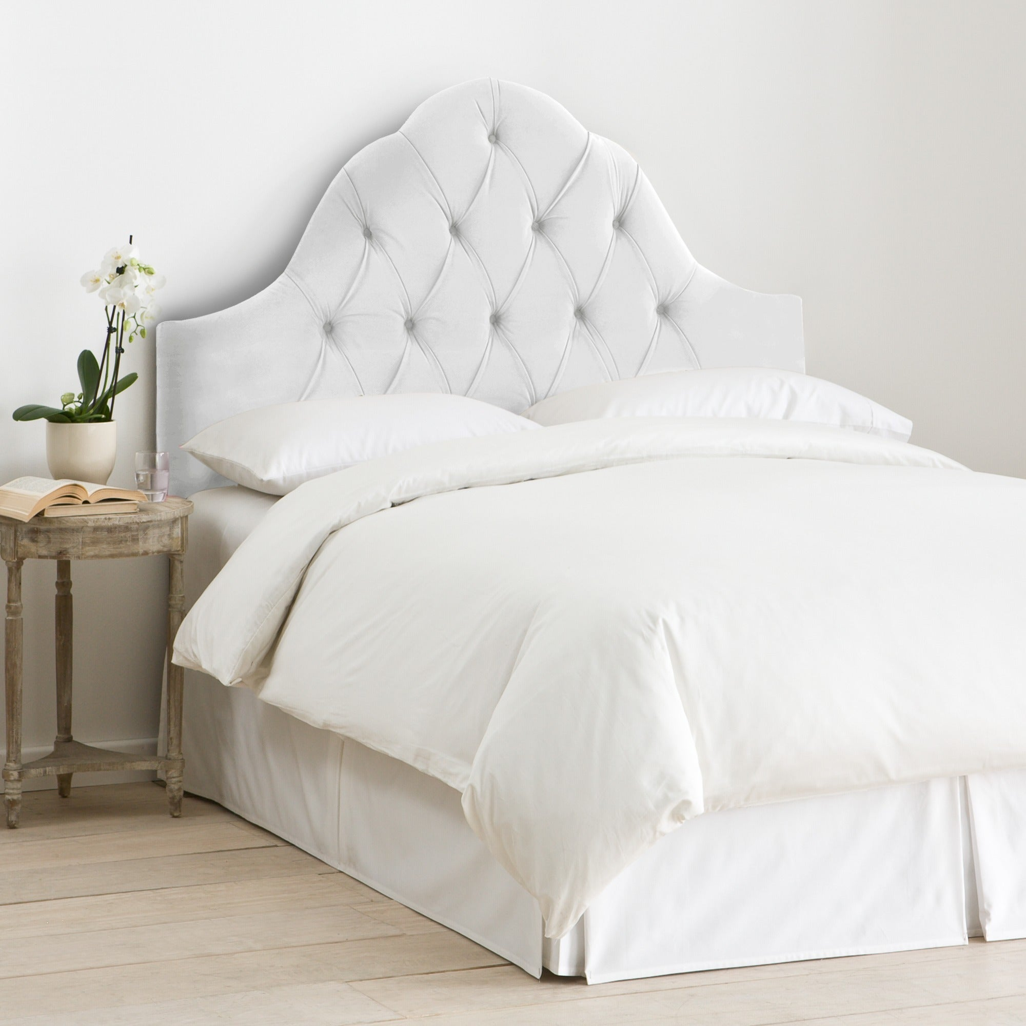 Skyline furniture arch tufted headboard in velvet white