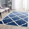 Safavieh Indoor/ Outdoor Amherst Navy/ Beige Rug (8' x 10')