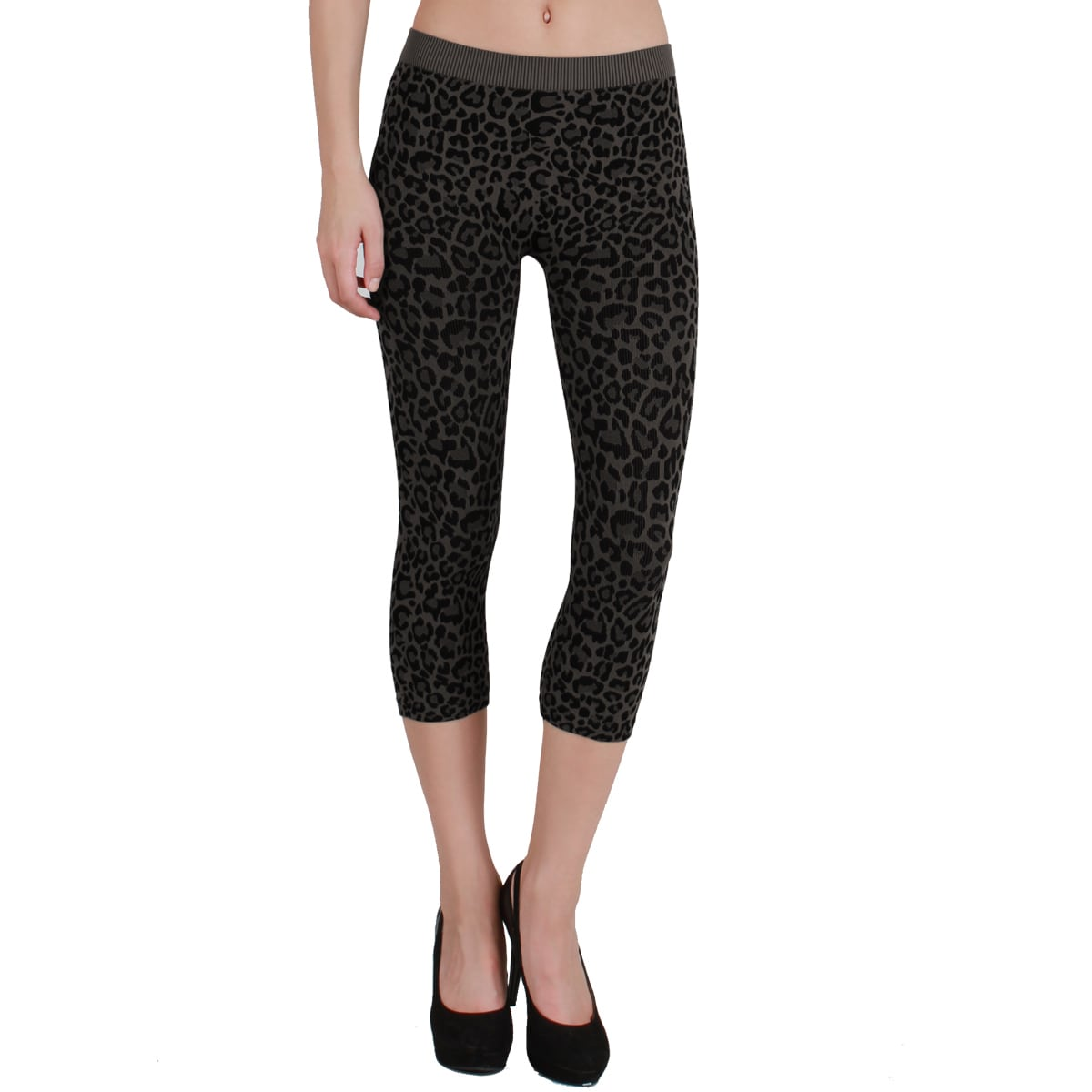 c2140329a1fdb1 Shop Nikibiki Women's Vivid Leopard Capri Leggings - Free Shipping On  Orders Over $45 - Overstock - 9752994