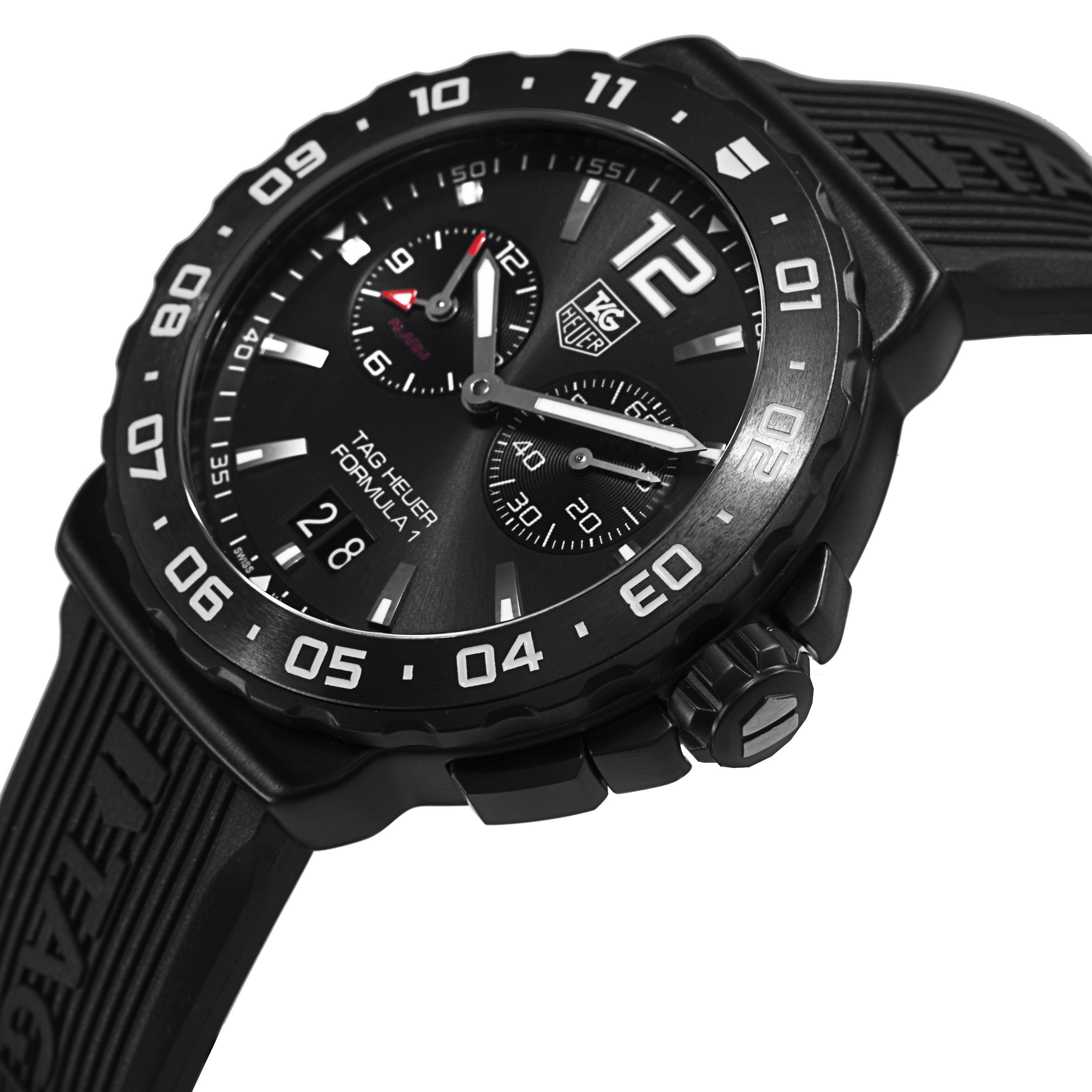 1c5cf1022ad Shop Tag Heuer Men s WAU111D.FT6024  Formula 1  Anthracite Dial Black Rubber  Strap Alarm Quartz Watch - Free Shipping Today - Overstock - 9962648
