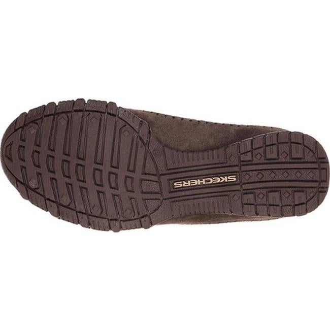6cd35182b393 Shop Skechers Women s Relaxed Fit Bikers Pedestrian Slip-on Chocolate -  Free Shipping Today - Overstock - 8633601