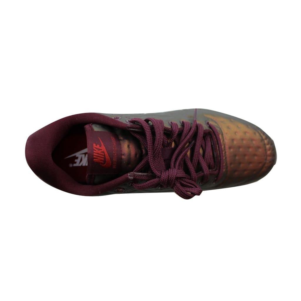 low priced b78f6 6d887 Shop Nike Women s Internationalist JCRD Winter Metallic Mahogany Night  Maroon 859544-900 - Free Shipping Today - Overstock - 22919264