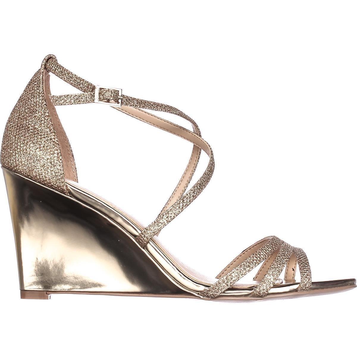 5b427ae5e0da Shop Jewel Badgley Mischka Hunt Strappy Wedge Sandals, Gold Glitter - Free  Shipping Today - Overstock - 18694203