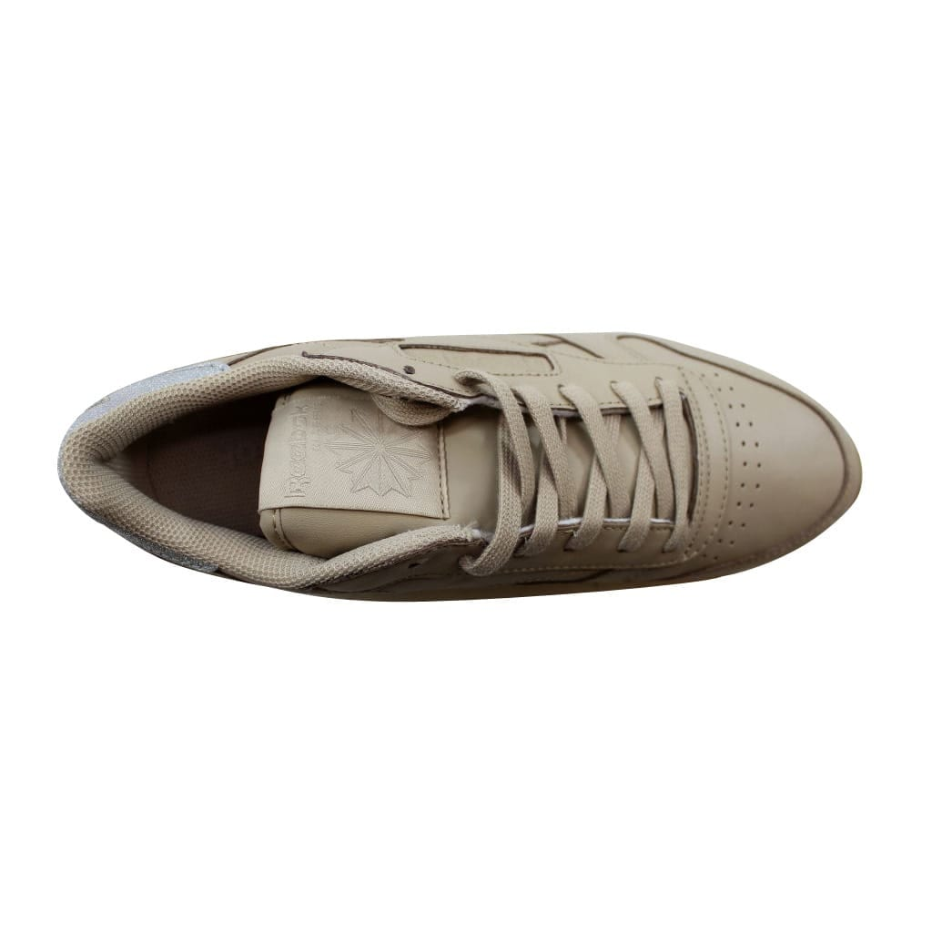 7388fb7b363 Shop Reebok Women s Classic Leather Met Diamond Oatmeal Chalk-Gum BD4424  Size 9 - Free Shipping On Orders Over  45 - Overstock - 22531393