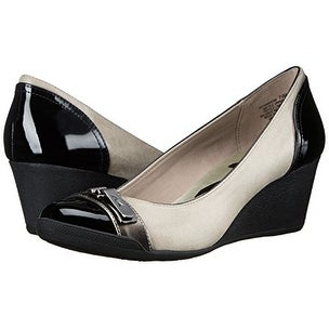 2f9e1cf2ce Shop Anne Klein Womens Tamarow Cap Toe Wedge Pumps - Ships To Canada -  Overstock - 15864600