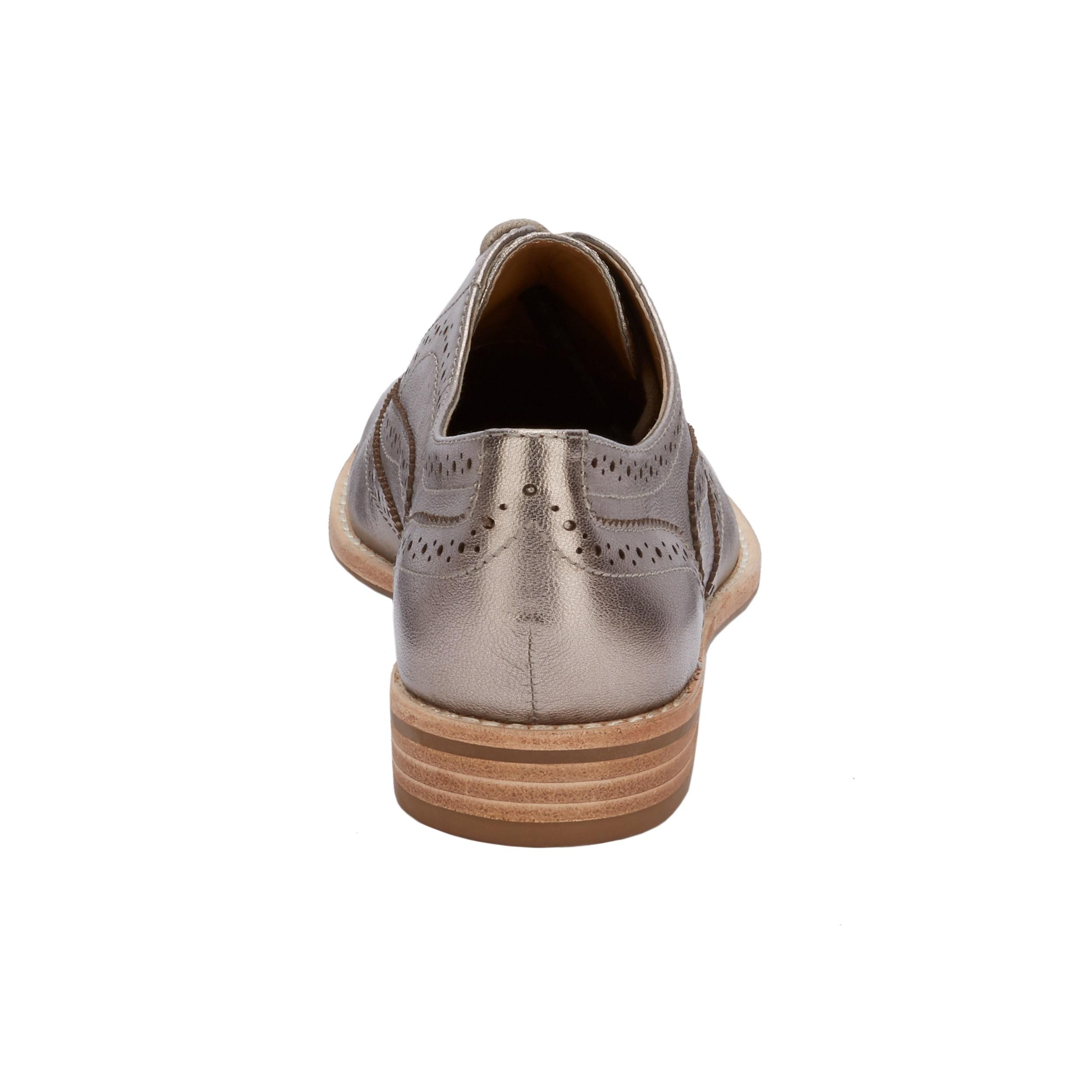 8cf4a0c5ffd08 G.H. Bass & Co. Womens Erica Leather Wingtip Oxford Shoe