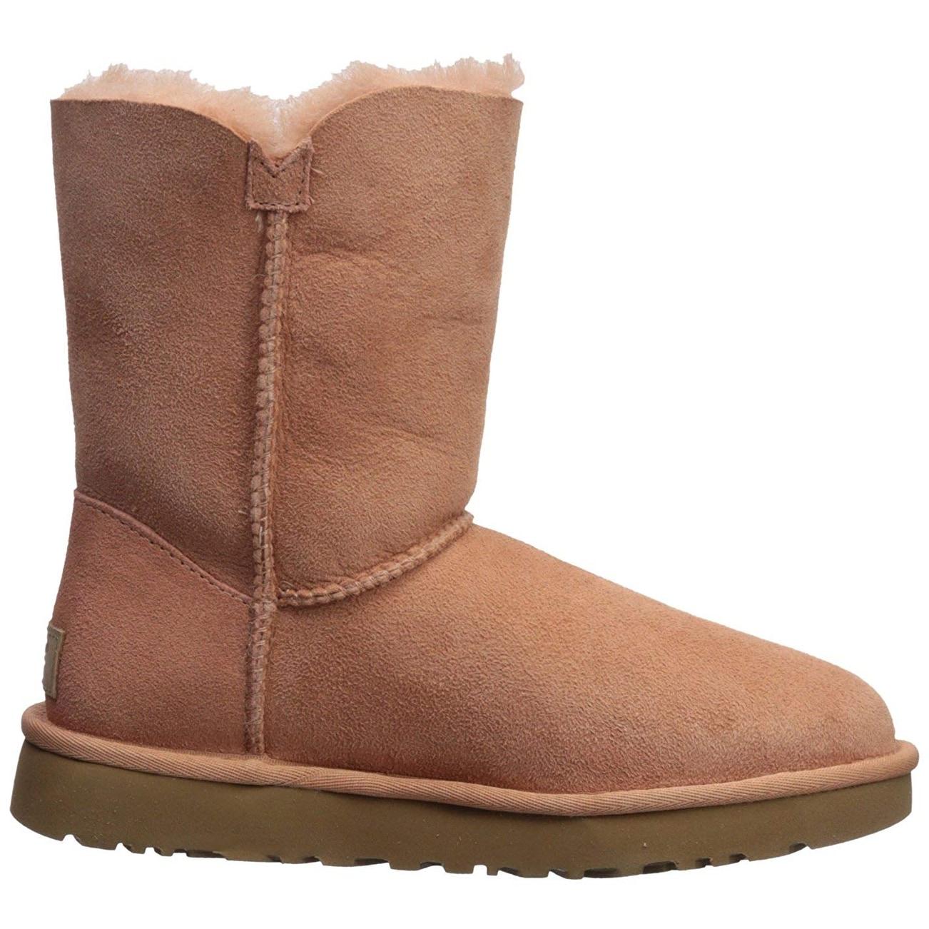 31fa79584 Shop UGG Women's Bailey Button II Fashion Boot - 7 - Free Shipping Today -  Overstock - 22827587