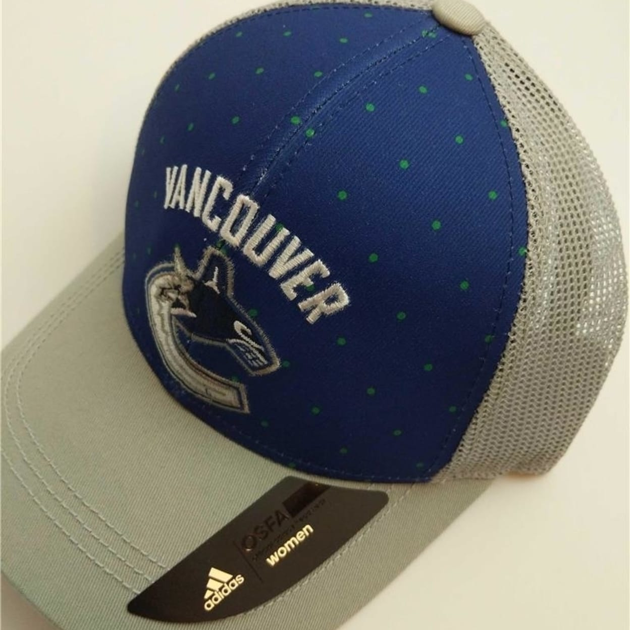 a22f9423d080ec Shop Vancouver Canucks Womens Size Osfa Reebok Adjustable Trucker Hat - Free  Shipping On Orders Over $45 - Overstock - 23071379