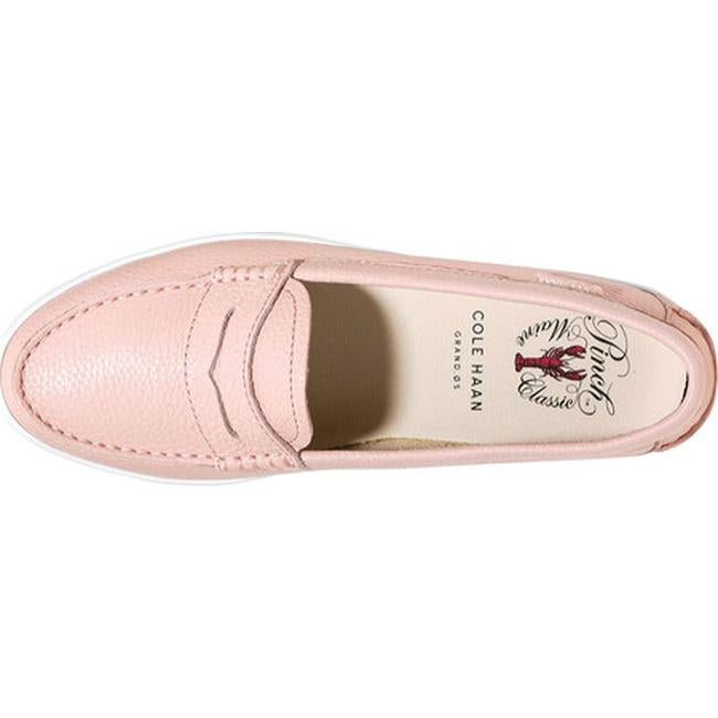 86076e3a9ee Shop Cole Haan Women s Pinch Weekender Loafer Seashell Pink Leather - Free  Shipping Today - Overstock - 14667328