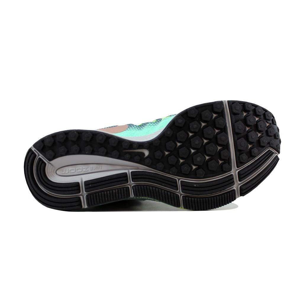 Shop Nike Women\'s Air Zoom Pegasus 33 Shield Anthracite/White-Wolf ...