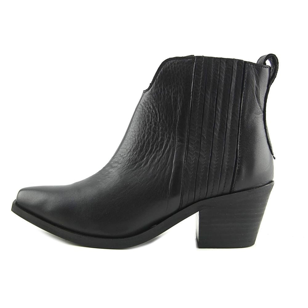 875bb1550c1c2 Shop Steve Madden Webster Women Pointed Toe Leather Black Ankle Boot - Free  Shipping On Orders Over $45 - Overstock - 19549257