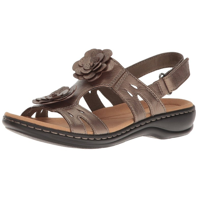 718fe13480e Shop CLARKS Women s Leisa Claytin Flat Sandal - Free Shipping Today -  Overstock - 22362283
