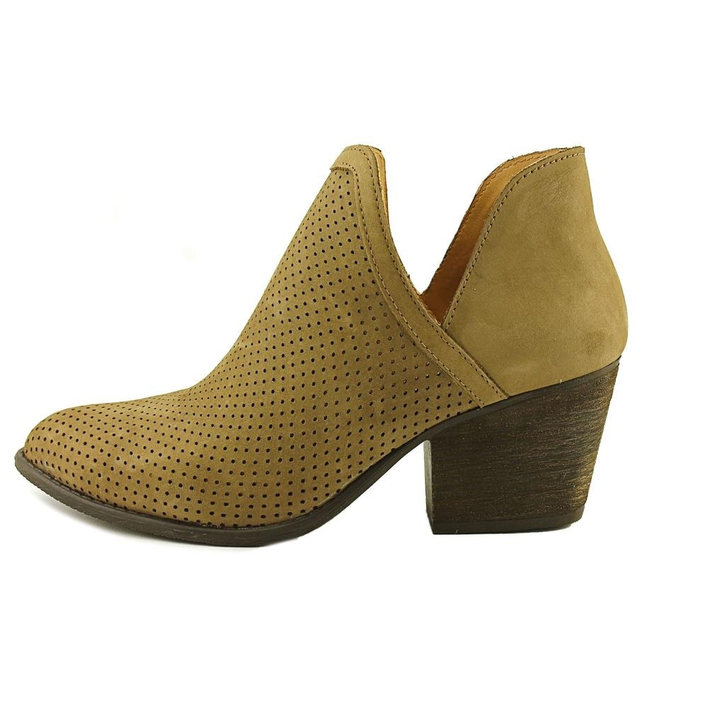 12d929a2b07 Steve Madden Adelphie Pointed Toe Leather Bootie