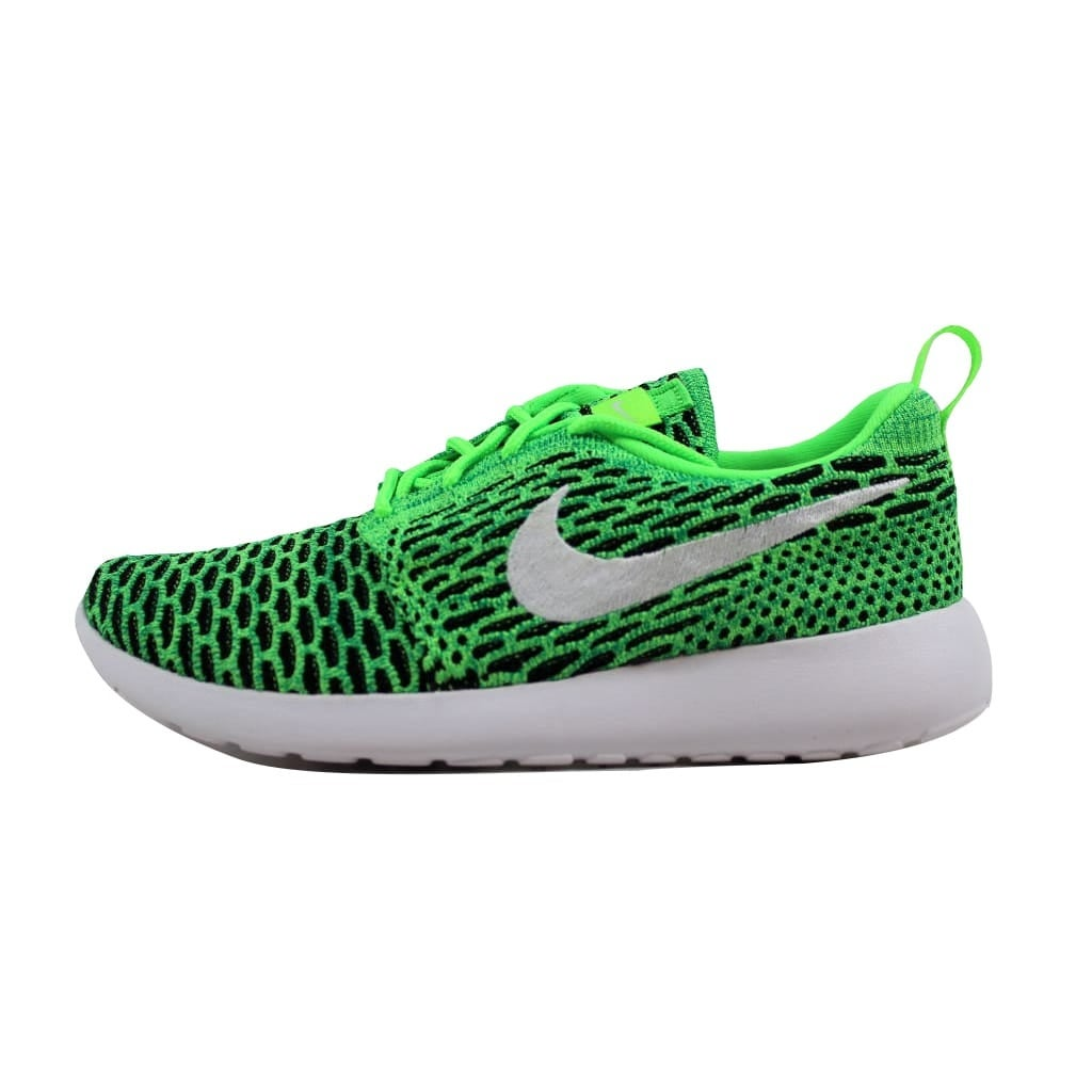 finest selection 312e9 a3300 Shop Nike Roshe One Flyknit Voltage Green White-Lucid Green 704927-305  Women s - On Sale - Free Shipping On Orders Over  45 - Overstock - 21893175