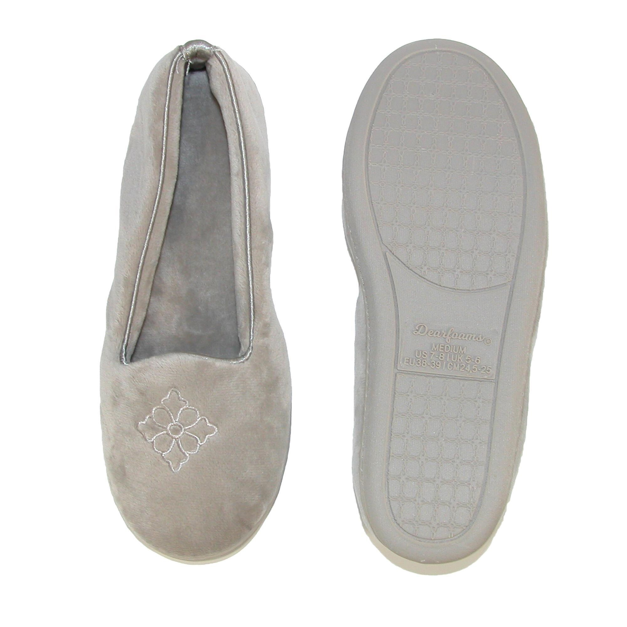 a731339bdcd4 Shop Dearfoams Women s Microfiber Velour Closed Back Slippers - Free  Shipping On Orders Over  45 - Overstock - 15421750