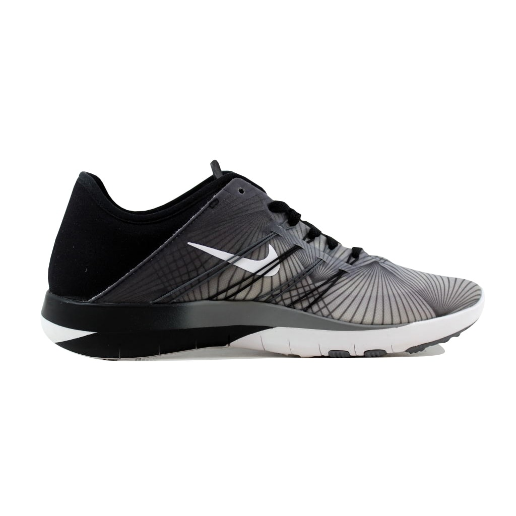 cc5a34a49c42 Shop Nike Free TR 6 Print Black White-Cool Grey 833424-005 Women s - On  Sale - Free Shipping Today - Overstock - 21141835