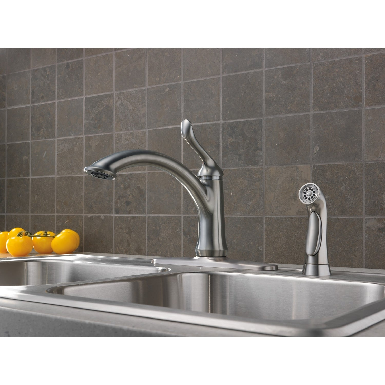 Delta 4453-DST Linden Kitchen Faucet with Side Spray and Optional Base Plate