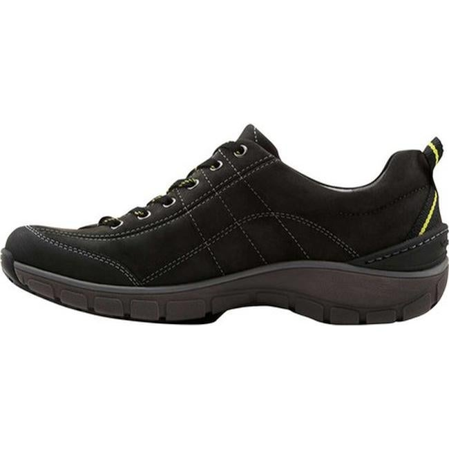 14a649cacb0 Shop Clarks Women s Wave.Trek Walking Shoe Black Leather - Free Shipping  Today - Overstock - 11785663