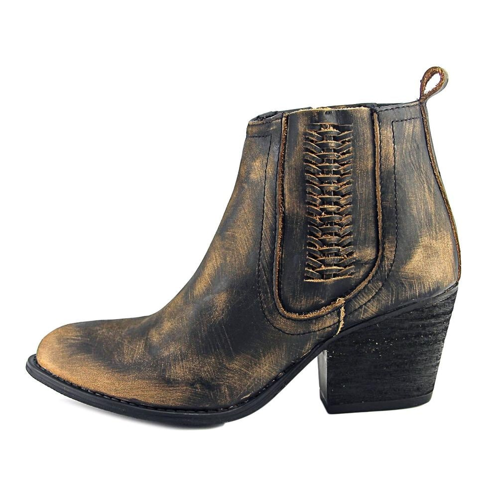 d67b4f1e874a7 Shop Very Volatile Script Women Pointed Toe Leather Black Bootie - Free  Shipping Today - Overstock - 17836996