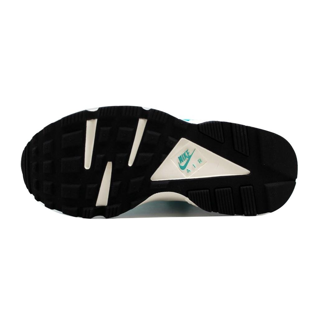 cheap for discount 11cf8 574ac Shop Nike Women s Air Huarache Run Light Retro Sail-Black 634835-401 Size 5  - Free Shipping Today - Overstock - 19508221