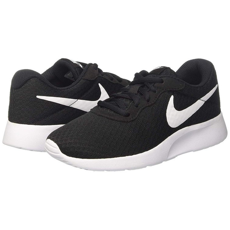 8c9f4f652fe Shop Nike Women's Tanjun Black/White Size 5 B(M) Us - Free Shipping Today -  Overstock - 24264508