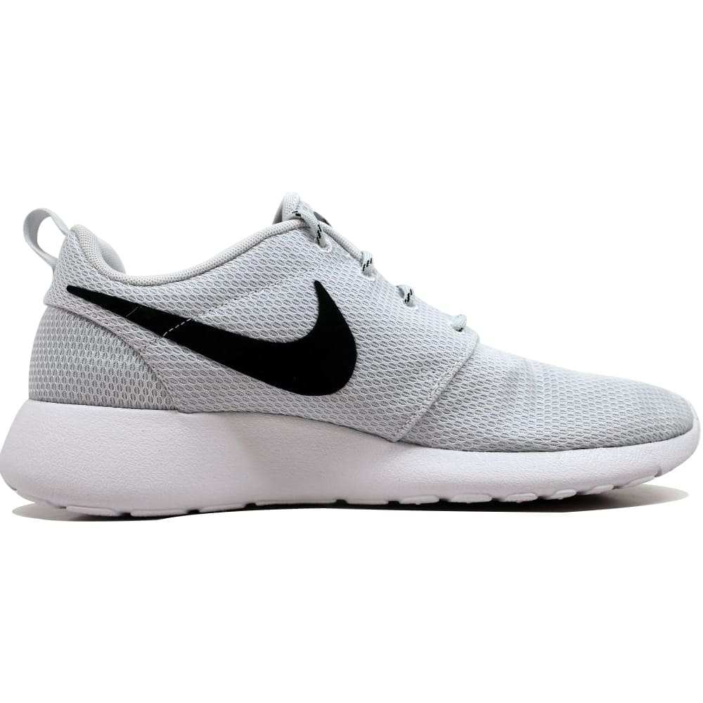 huge discount 9e5ff b4efb Shop Nike Rosherun Pure Platinum Black-White 511882-081 Women s - Free  Shipping Today - Overstock - 19507567
