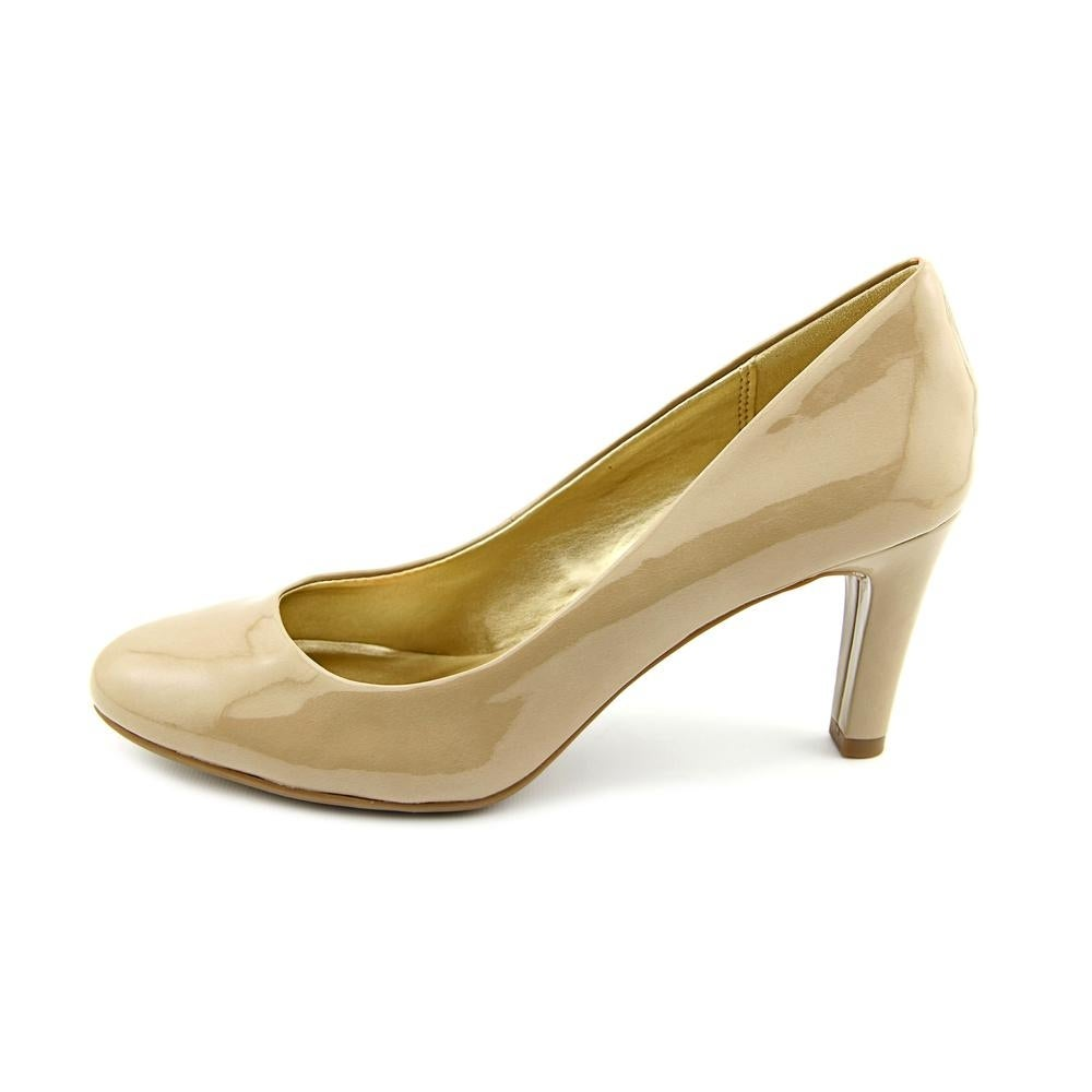 2e901bec22e9 Shop Bandolino Lantana Women Round Toe Synthetic Nude Heels - Free Shipping  On Orders Over  45 - Overstock.com - 13823378