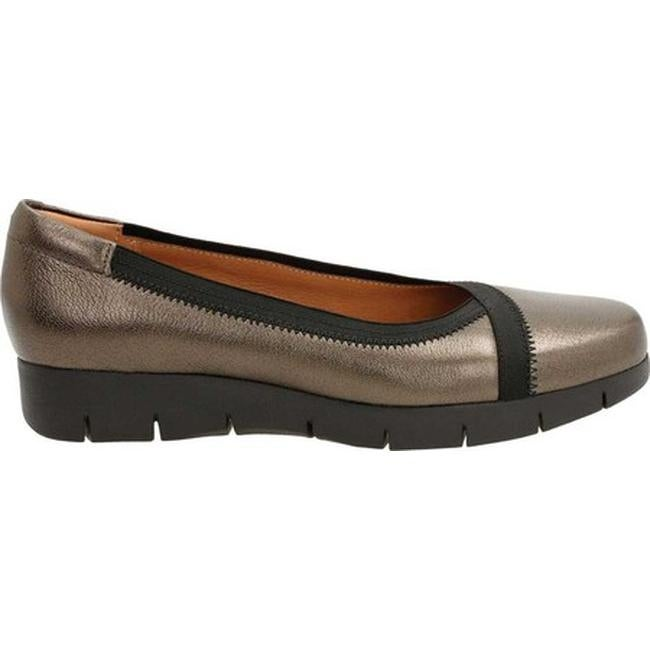 aca8104a473 Shop Clarks Women s Daelyn Hill Wedge Heel Bronze Goat Full Grain Leather Textile  - Free Shipping Today - Overstock - 12558417