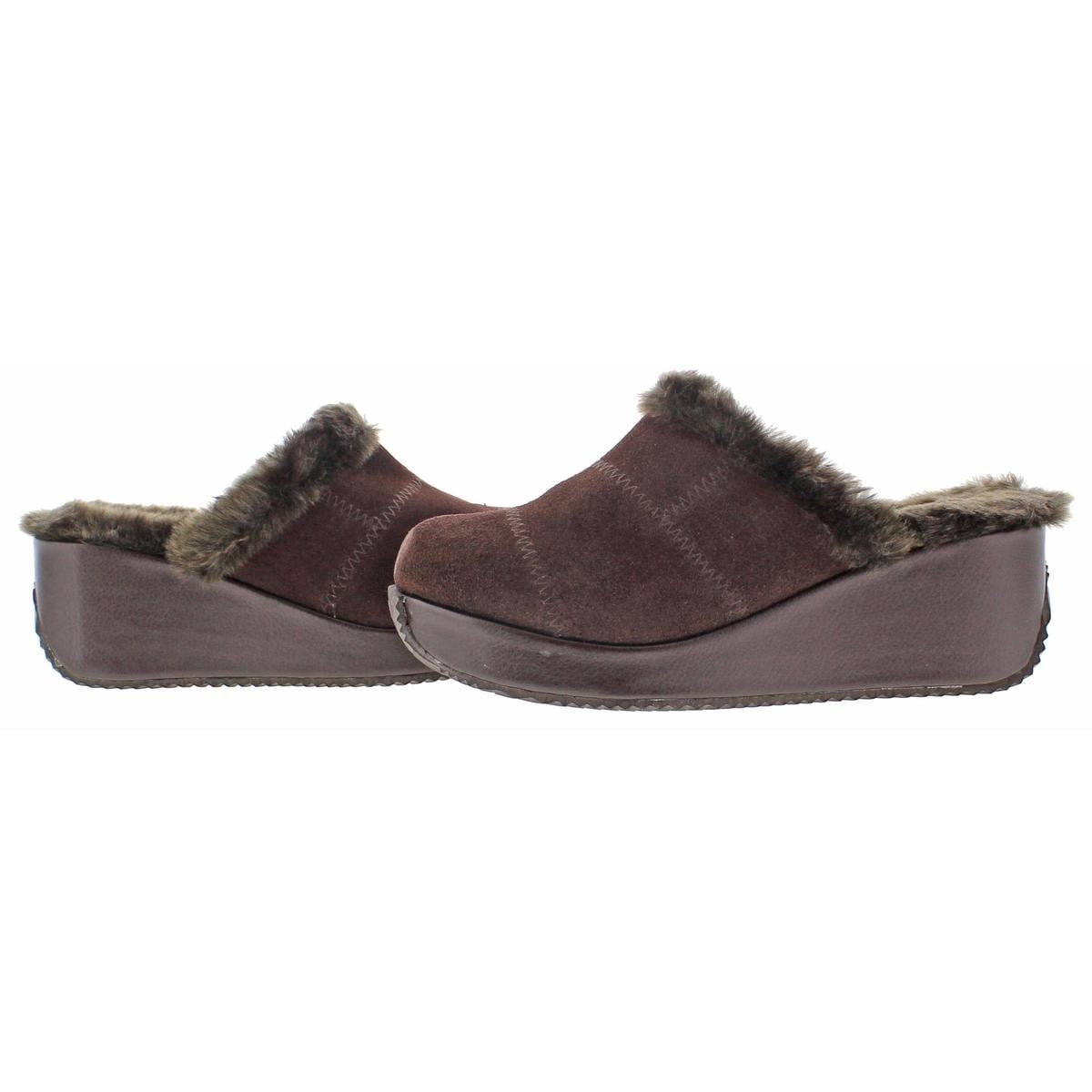 6869d59ca0 Shop Volatile Womens Impressive Clogs Faux Fur Wedge - Free Shipping On  Orders Over $45 - Overstock.com - 15881632