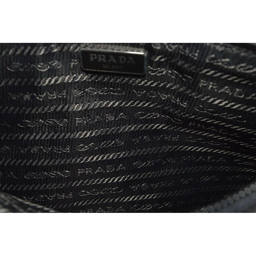 80305993de3f94 Shop Prada 1NH545 Piatto Maniglia Tessuto Black Nylon Wristlet Pouch Purse  - Free Shipping Today - Overstock - 27424731