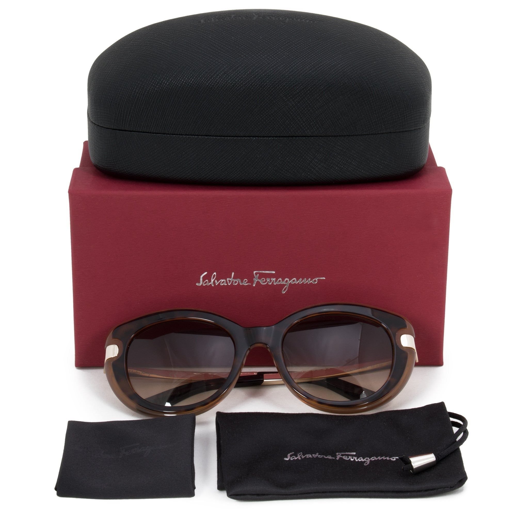 Shop Salvatore Ferragamo Round Sunglasses SF835S 101 51 - On Sale - Free  Shipping Today - Overstock.com - 25494019 a3f4b6474a