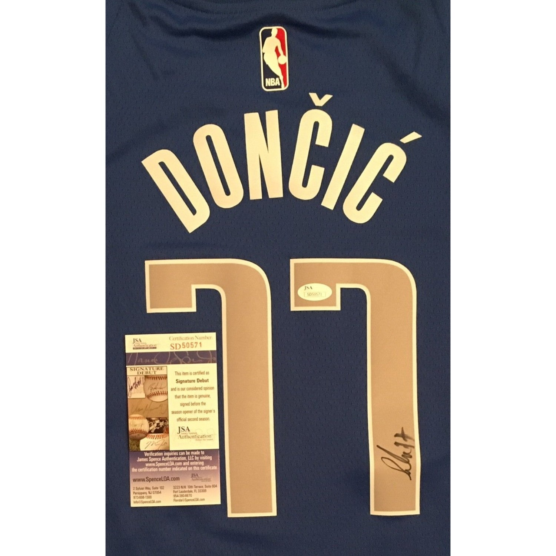 finest selection d2235 4ca68 Luka Doncic Autographed Dallas Mavericks Signed Nike Authentic Basketball  Jersey JSA COA 2