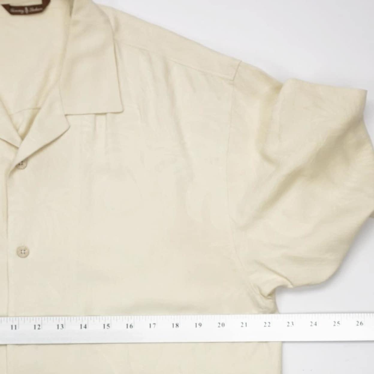 c75fc121 Shop TOMMY BAHAMA Washable Silk Hawaiian Camp Shirt Short Sleeve Mens M -  Free Shipping Today - Overstock - 23176136