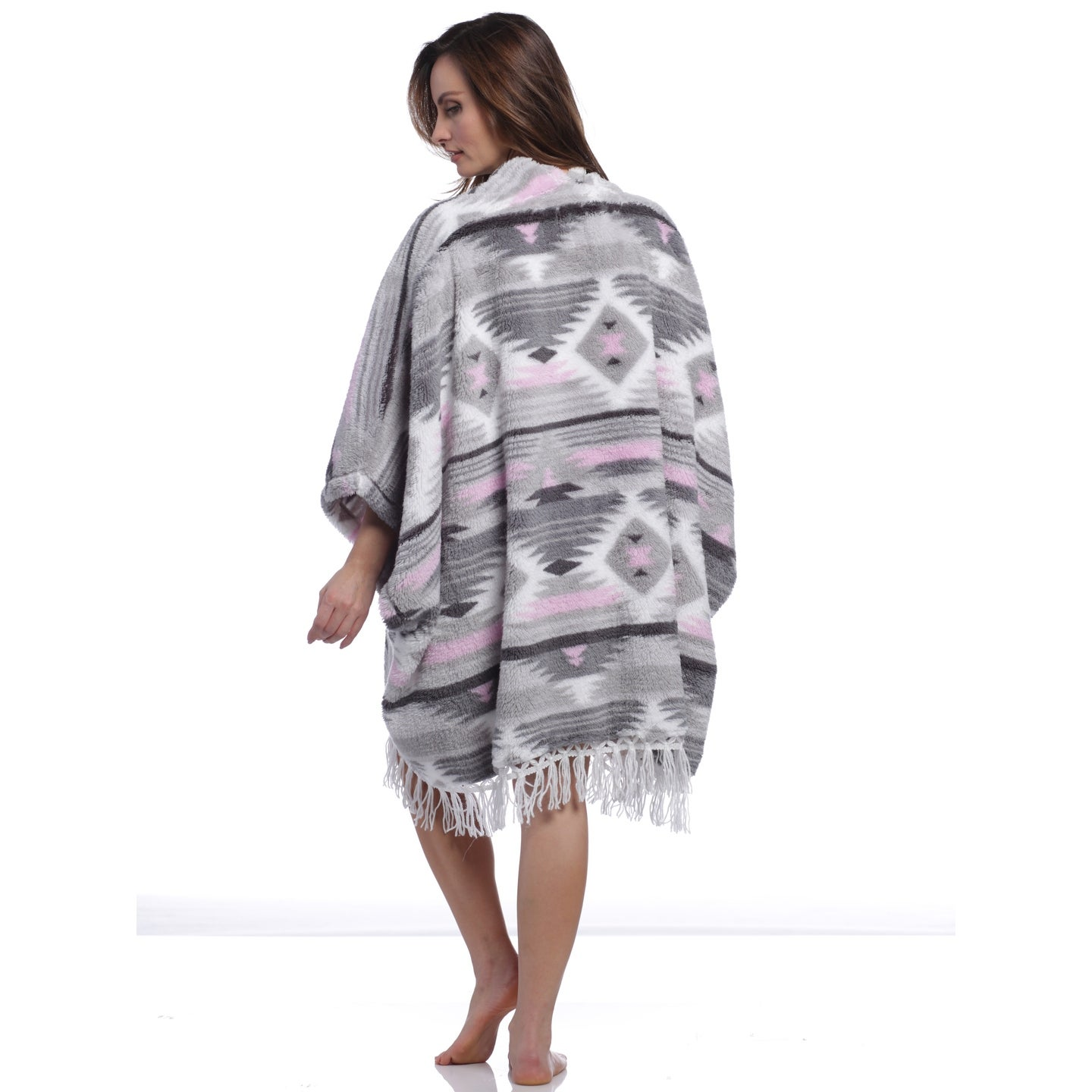 805fb34315207 Shop PJ Couture Women's Chelsea Girl Aztec Blanket Wrap - Free Shipping On  Orders Over $45 - Overstock.com - 25640180
