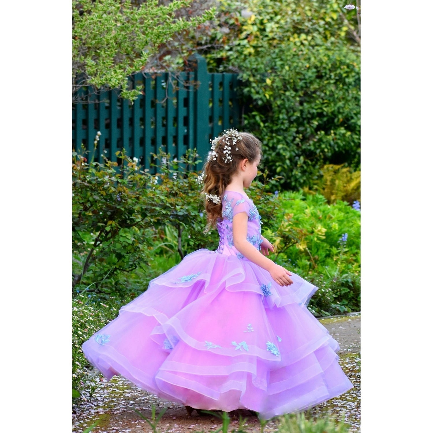 e6875d3e9c86 Shop Little Girls Lilac Embroidered Applique Multi-Layer Tulle Flower Girl  Dress 5/6 - Free Shipping Today - Overstock - 25542512