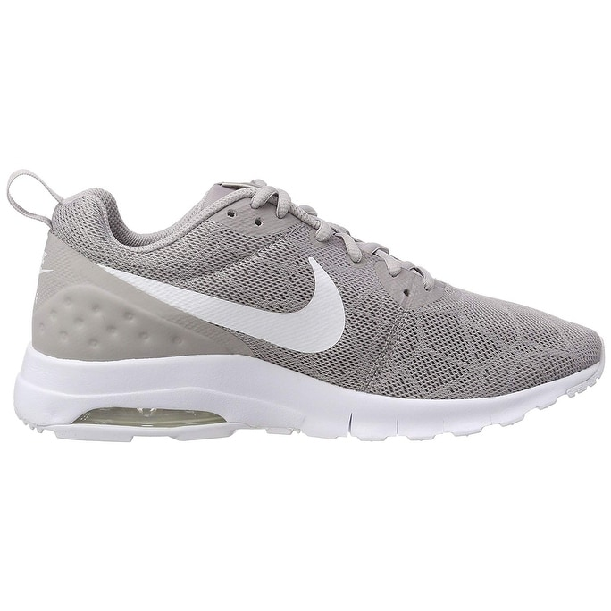 Nike Womens Air Max Motion LW SE Low Top Lace Up Running Sneaker