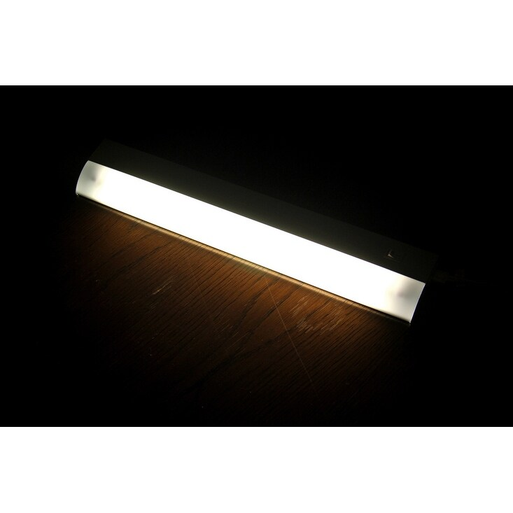 Shop GE Under Cabinet Linkable Plug-In Fluorescent Light Fixture 18 ...
