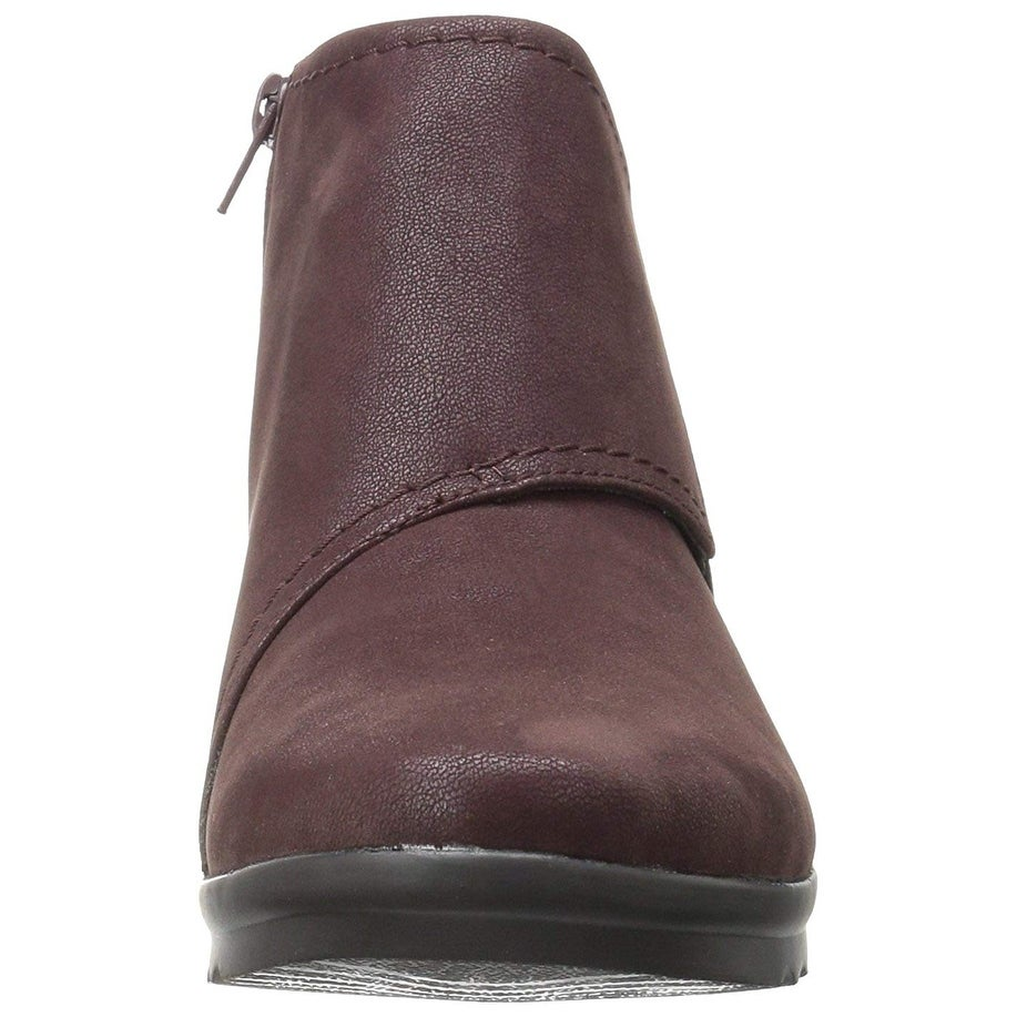 c25d82dec2d Shop CLARKS Womens Caddell Rush Closed Toe Ankle Cold Weather Boots - Free  Shipping On Orders Over  45 - Overstock - 21546361