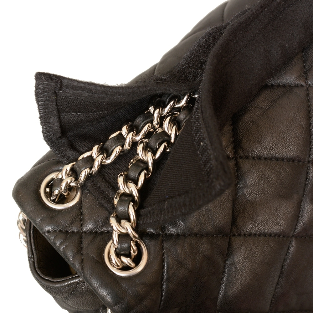 fdcc040dbf3f Shop Luxury Purse Pillow & Black Chain Wraps for Chanel Chain Around Maxi  Flap Bag - Free Shipping Today - Overstock - 23107913