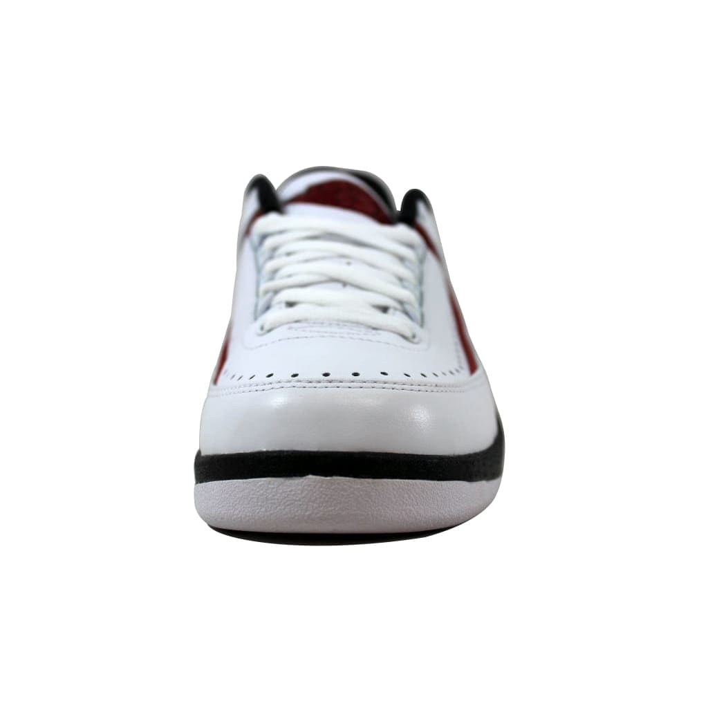 finest selection cd92f 1d7bc Shop Nike Men s Air Jordan II 2 Retro Low Chicago White Varsity Red-Black  832819-101 - Free Shipping Today - Overstock - 21141672