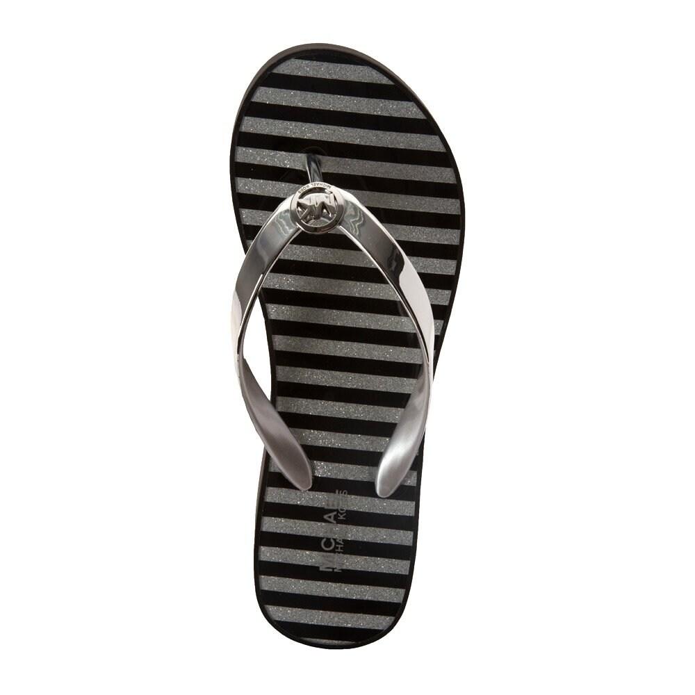 83957211bb1ebf Shop MICHAEL Michael Kors Womens Bedford Flip Flop Shiny - 7 - Free  Shipping Today - Overstock - 26506708