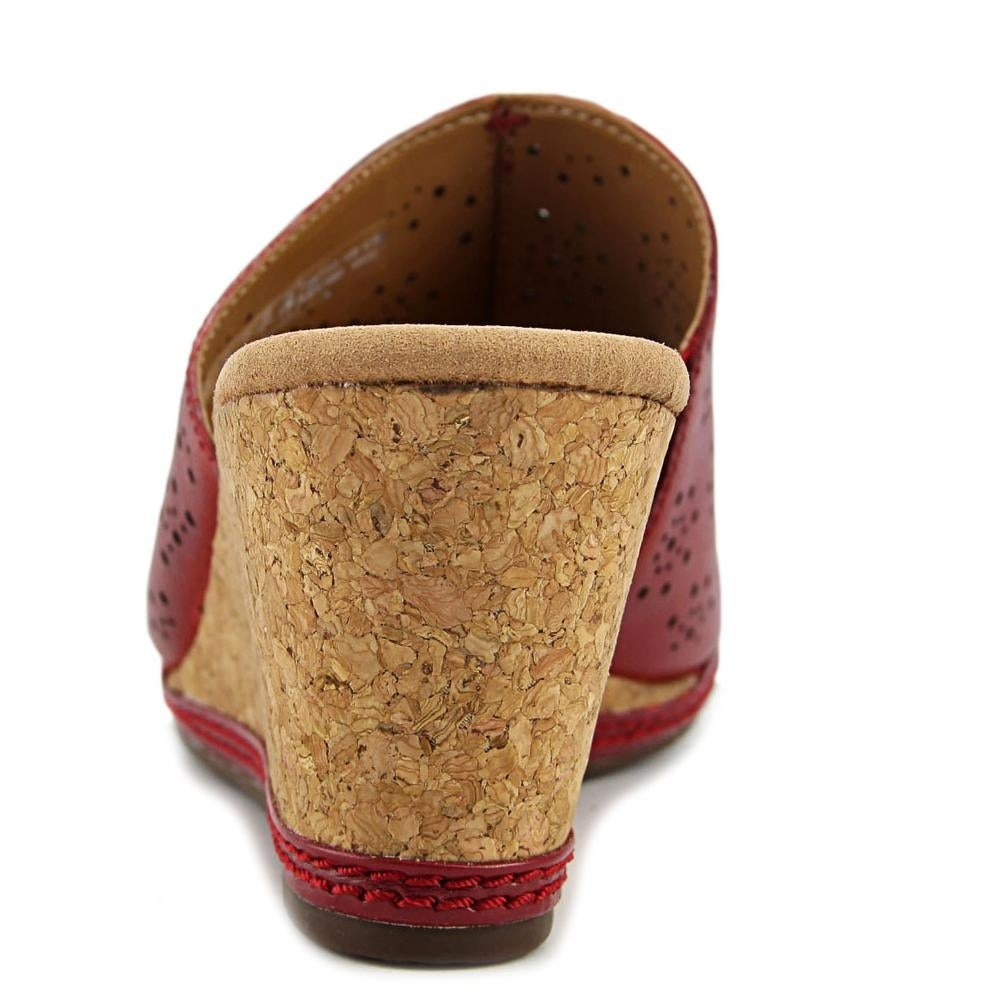 b45ceb16fceb Shop Clarks Helio Corridor Women Open Toe Leather Red Wedge Sandal - Free  Shipping On Orders Over  45 - Overstock - 16393360