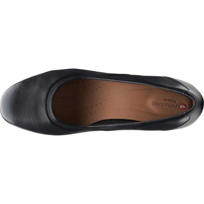 9aaacb30ee6fe Clarks Women's Un Cosmo Step Pump Black Leather