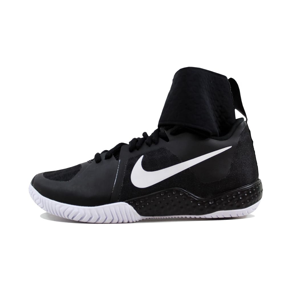 size 40 d1e0c a45f9 Shop Nike Women s Flare Black White nan 810964-001 Size 6 - Free Shipping  Today - Overstock - 22919373