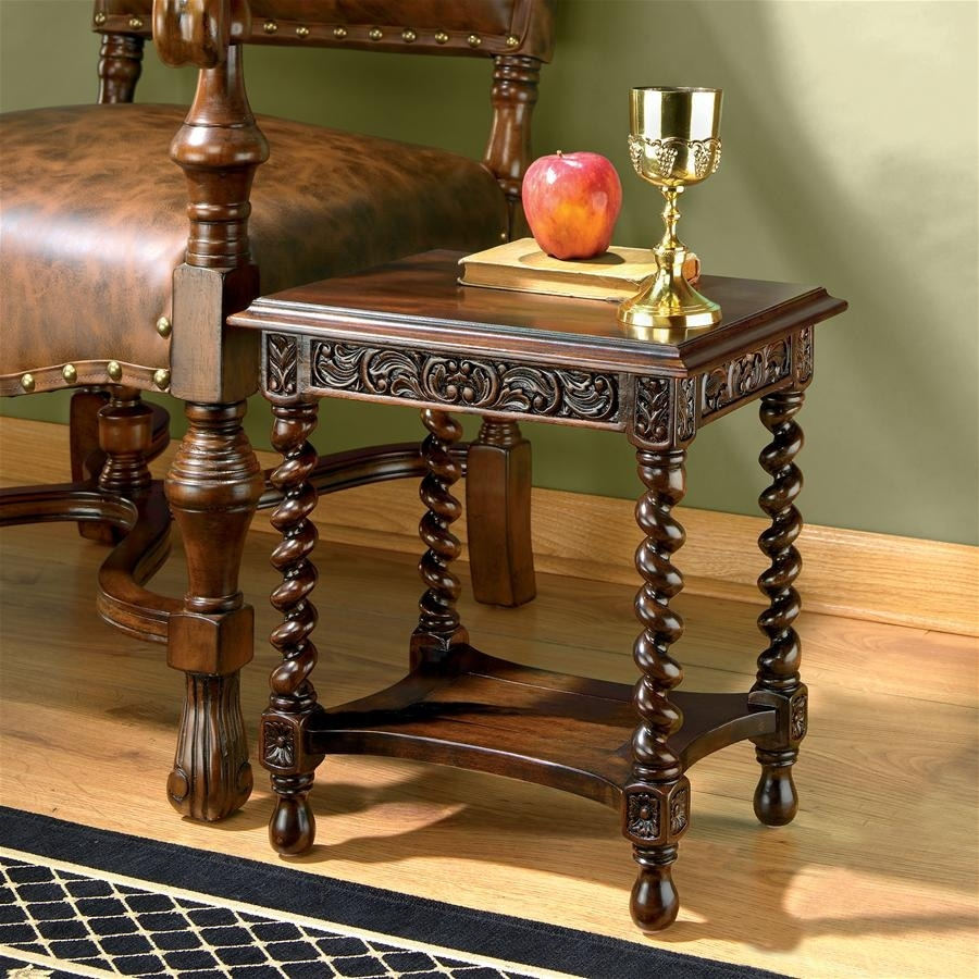 Shop Design Toscano Camberwell Manor Medieval Petite Side Table   Free  Shipping Today   Overstock.com   19567880
