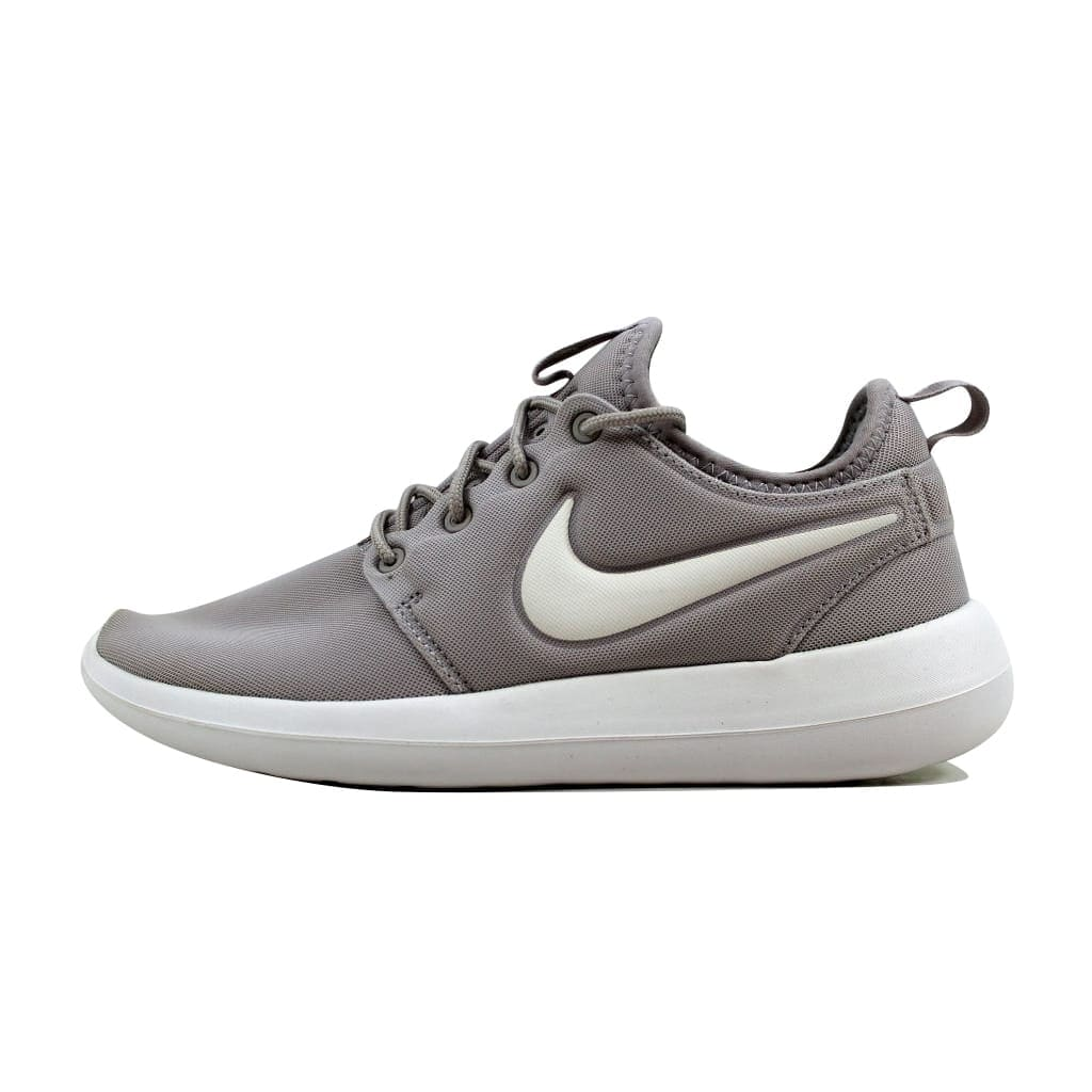 sneakers for cheap 5bd30 cdba1 Shop Nike Roshe Two Light Iron Ore Summit White-Volt 844931-003 Women s -  On Sale - Free Shipping Today - Overstock - 22340141