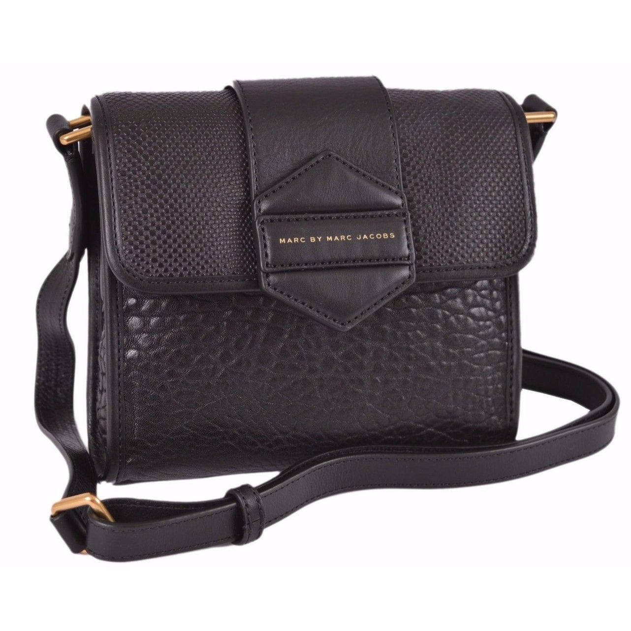 ff3bdb1088 Shop Marc By Marc Jacobs M0004767 Flipping Out Black Leather Crossbody  Purse Bag - 7.25 x 8 x 2 inches - Free Shipping Today - Overstock - 20916744