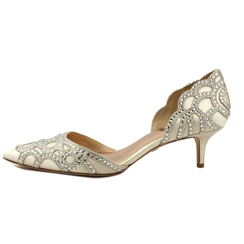 781df28fde73 Shop Badgley Mischka Ginny Women Pointed Toe Canvas Ivory Heels - Free  Shipping Today - Overstock - 19476936