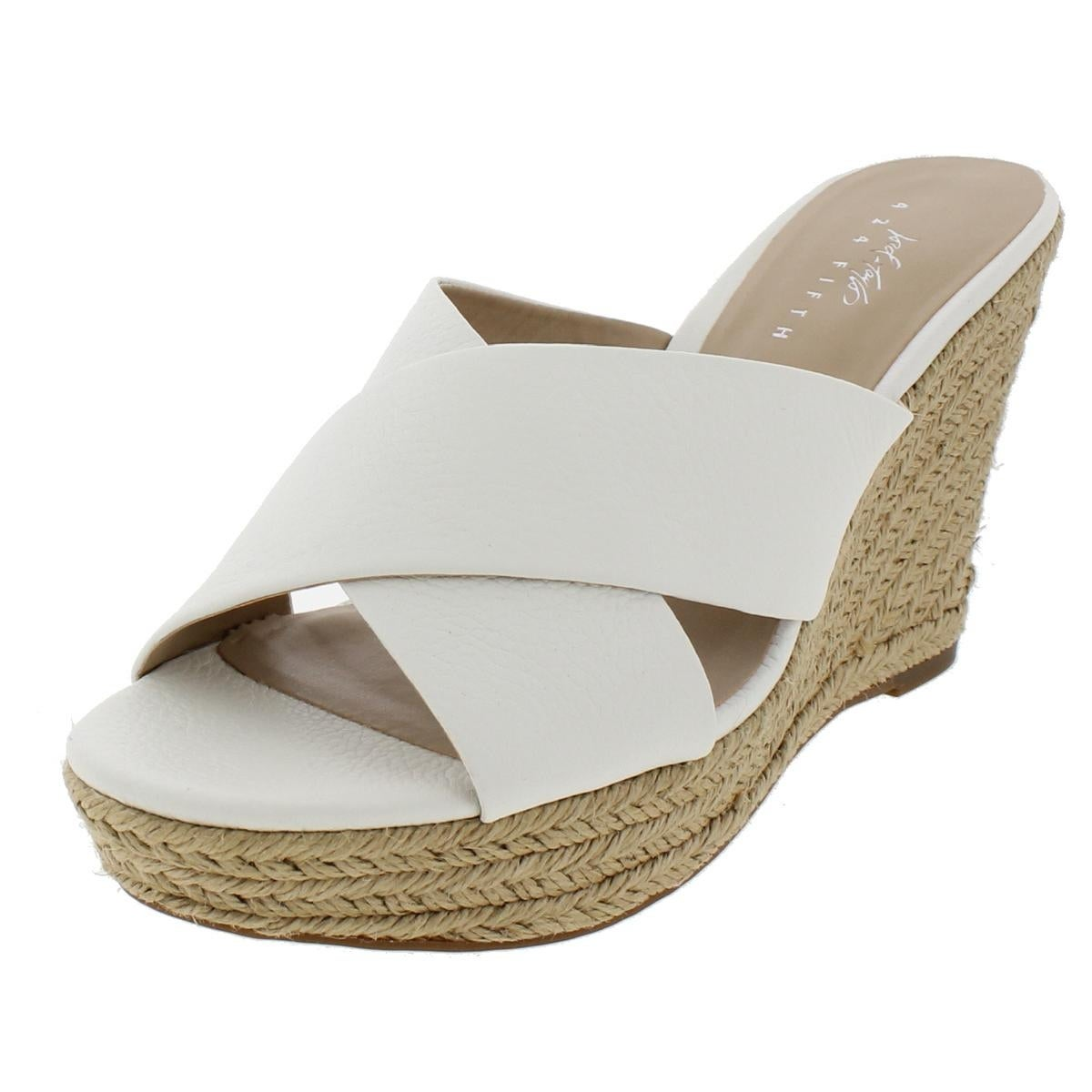 20e04c7931b 424 Fifth Womens Sadie Wedge Sandals Criss-Cross Front Cross Front